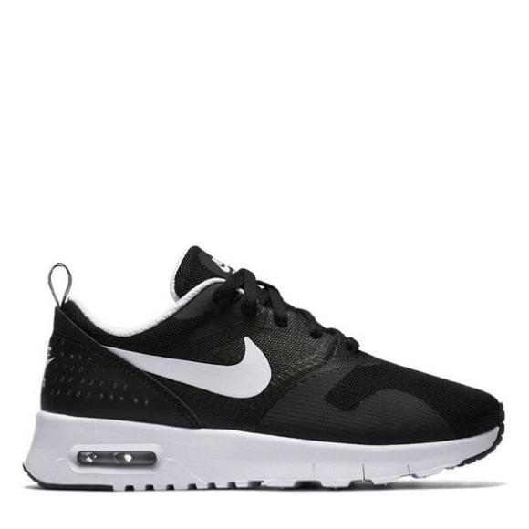 nike air max blackwhite tavas scarpe taglia 6y poshmark